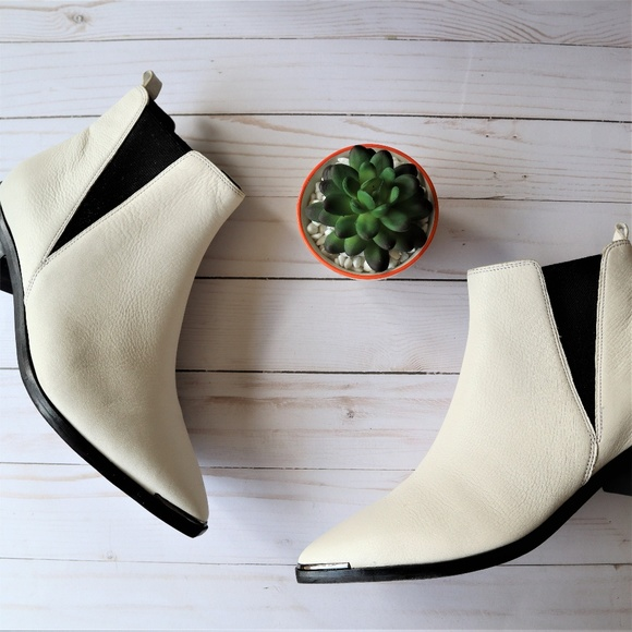 Marc Fisher Yale Chelsea Boot White